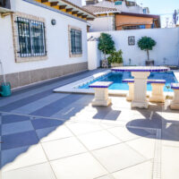 Detached 5 Bed, 5 Bath Villa in Torrevieja